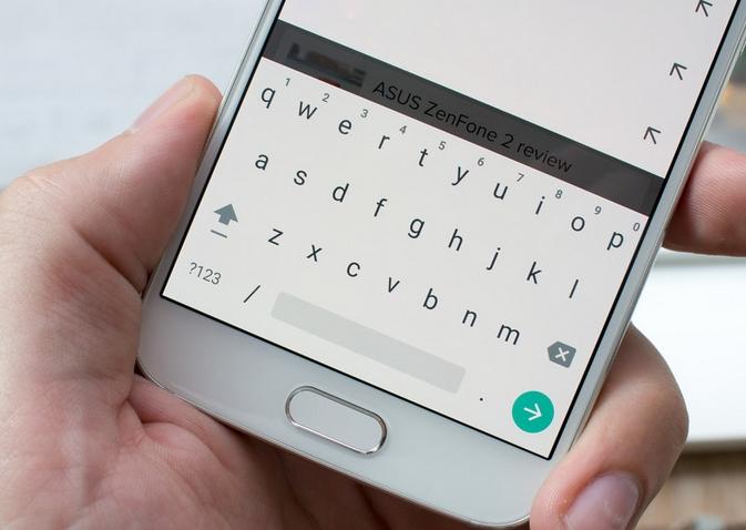 Стандартная и лаконичная клавиатура от Google