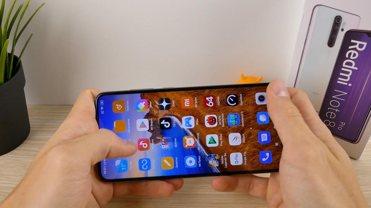 Redmi Note 8 pro в руках