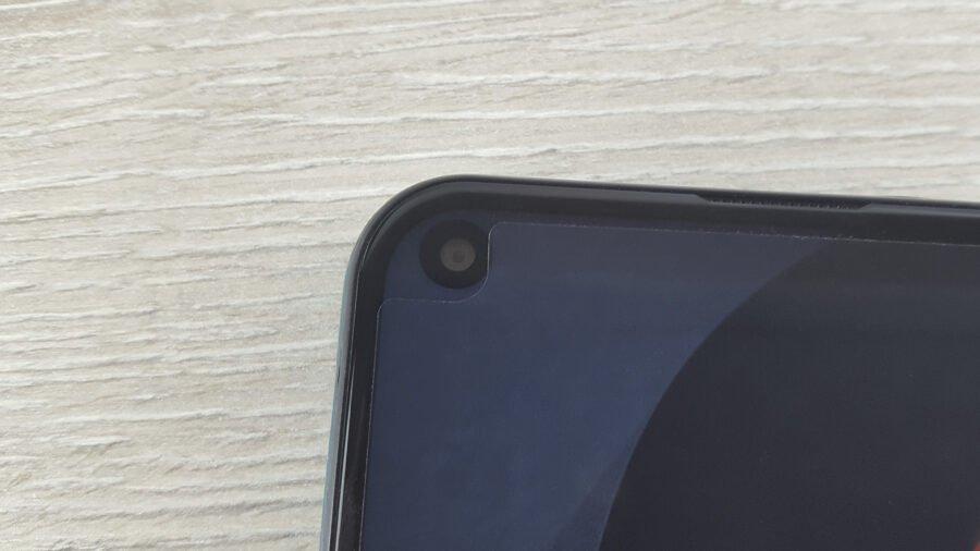 BQ Magic O фронтальная камера под экраном